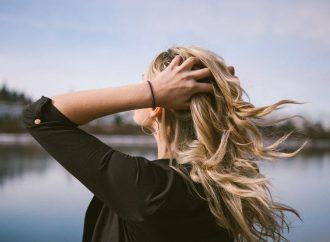 Ranking – Najlepszy preparat i witaminy na wypadanie włosów – tabletki i szampony, które są skuteczne?